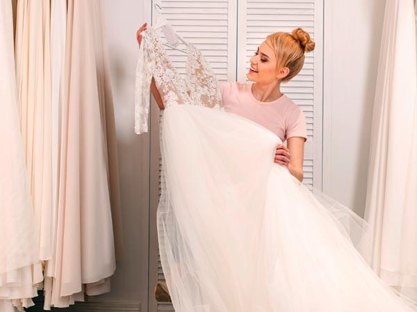 Hochzeitsoutfit auswählen